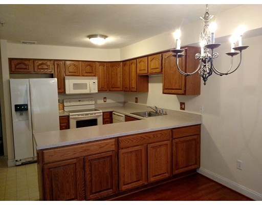 Additional photo for property listing at 26 Greenleaves Drive  Amherst, Massachusetts 01002 Estados Unidos