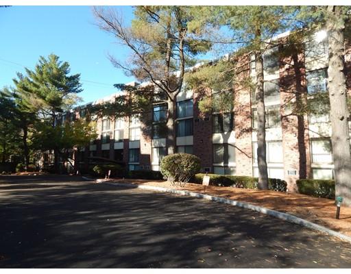 共管式独立产权公寓 为 销售 在 993 Massachusetts Avenue 993 Massachusetts Avenue 阿灵顿, 马萨诸塞州 02476 美国