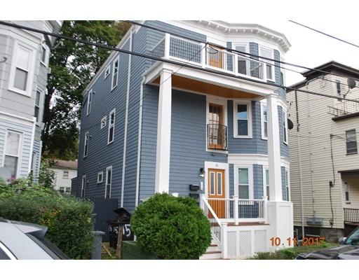 Maison avec plusieurs logements pour l Vente à 15 Groveland Street 15 Groveland Street Boston, Massachusetts 02126 États-Unis