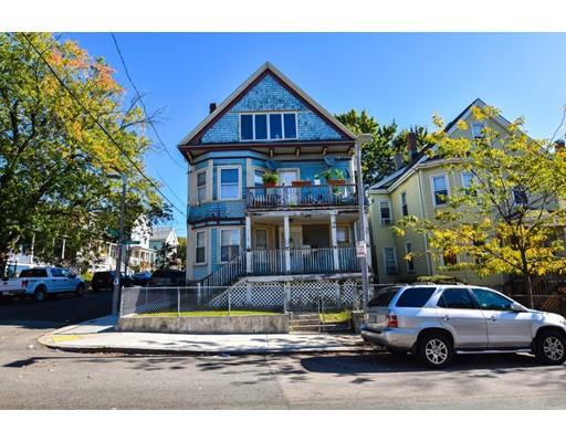 Maison avec plusieurs logements pour l Vente à 15 Draper Street 15 Draper Street Boston, Massachusetts 02122 États-Unis