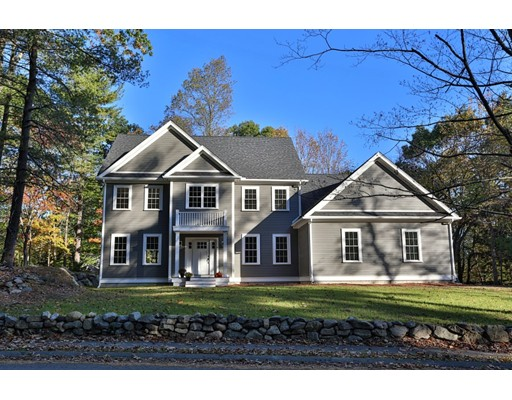 Single Family Home for Sale at 6 Hart Road 6 Hart Road Lynnfield, Massachusetts 01940 United States