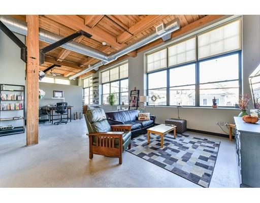 Condominio por un Venta en 60 Dudley Street 60 Dudley Street Chelsea, Massachusetts 02150 Estados Unidos