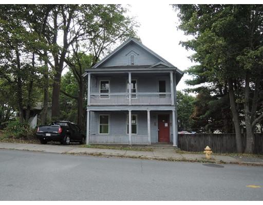 Casa Multifamiliar por un Venta en 54 Wells Street 54 Wells Street Greenfield, Massachusetts 01301 Estados Unidos