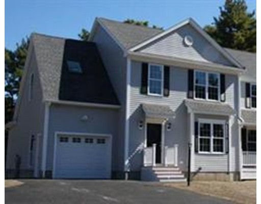 Casa unifamiliar adosada (Townhouse) por un Alquiler en 149 Lowell Road #1 149 Lowell Road #1 Pepperell, Massachusetts 01463 Estados Unidos