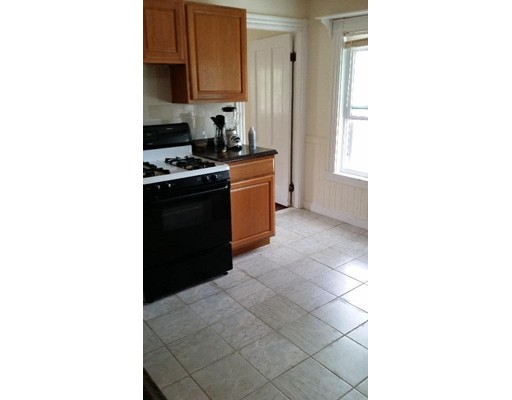 Additional photo for property listing at 323 Arlington Street  Watertown, Massachusetts 02472 United States