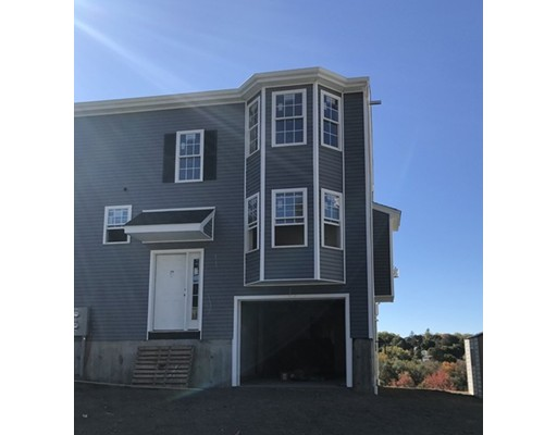 Townhouse for Rent at 34 Bittersweet Blvd #1 34 Bittersweet Blvd #1 Worcester, Massachusetts 01607 United States