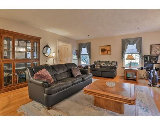 Condominium for Sale at 24 Lamplight Drive 24 Lamplight Drive Atkinson, New Hampshire 03811 United States