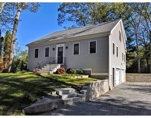 Single Family Home for Sale at 16 Hobbs Street 16 Hobbs Street Attleboro, Massachusetts 02703 United States