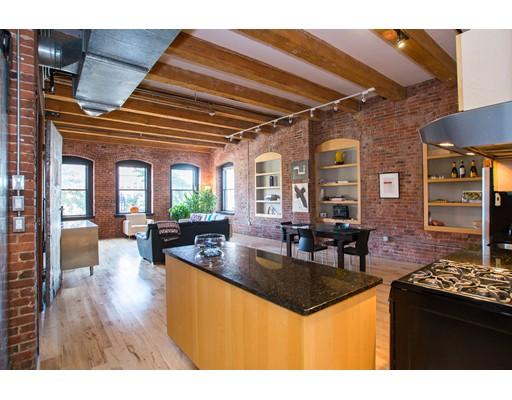 Appartement en copropriété pour l Vente à 21 Wormwood 21 Wormwood Boston, Massachusetts 02210 États-Unis