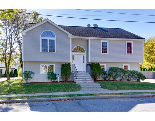 Single Family Home for Sale at 2 Linden Street 2 Linden Street Hudson, Massachusetts 01749 United States