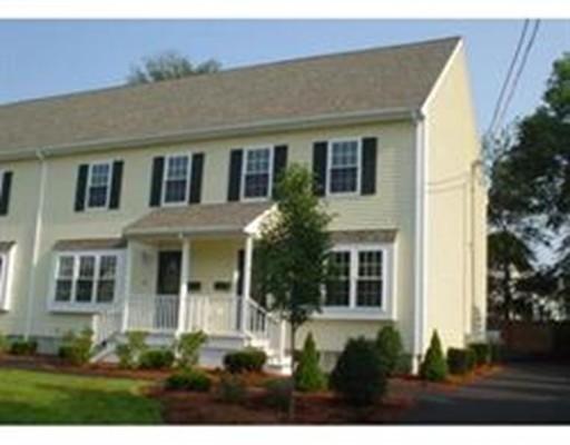Condominio por un Venta en 63 Dover Street 63 Dover Street Brockton, Massachusetts 02301 Estados Unidos