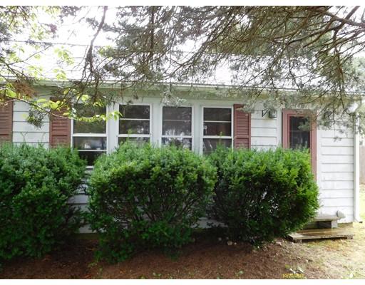 Maison unifamiliale pour l Vente à 148 Dogwood Street 148 Dogwood Street Fairhaven, Massachusetts 02719 États-Unis