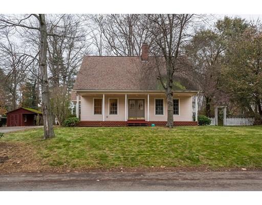 独户住宅 为 销售 在 55 Moore Street 55 Moore Street East Longmeadow, 马萨诸塞州 01028 美国