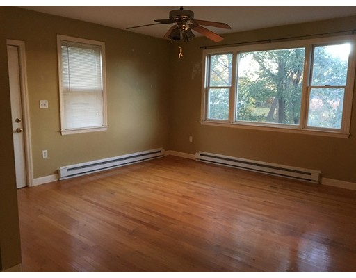 Additional photo for property listing at 90 Butler #2 90 Butler #2 Boston, Massachusetts 02124 United States