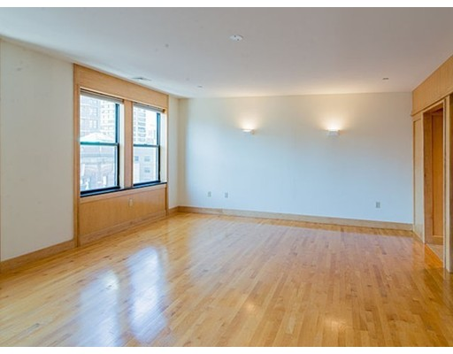 独户住宅 为 出租 在 42 Beach 波士顿, 马萨诸塞州 02111 美国