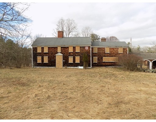 Single Family Home for Sale at 103 Boardman Street 103 Boardman Street Norfolk, Massachusetts 02056 United States