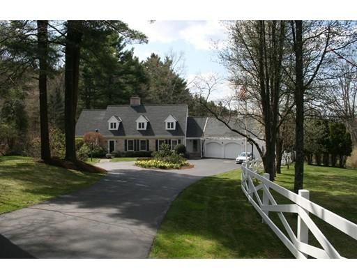 Additional photo for property listing at 107 Farm Street  Dover, Massachusetts 02030 Estados Unidos
