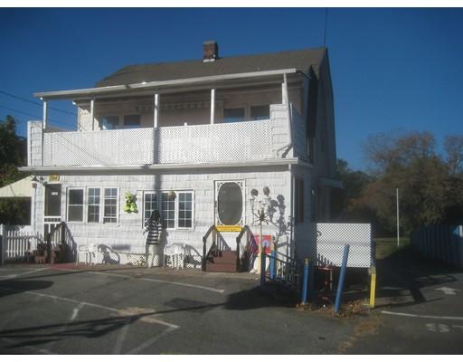 多户住宅 为 销售 在 1744 Main Street 1744 Main Street Agawam, 马萨诸塞州 01001 美国