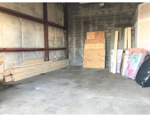商用 为 出租 在 30 Factory Street 30 Factory Street Everett, 马萨诸塞州 02148 美国