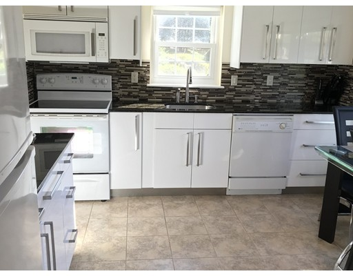 Additional photo for property listing at 173 Erin Road  Stoughton, Massachusetts 02072 Estados Unidos