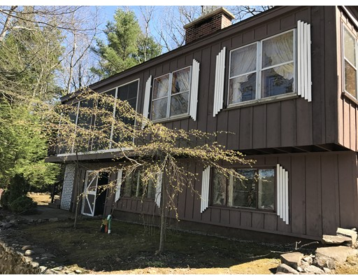 Single Family Home for Sale at 25 Beach Head 25 Beach Head Nottingham, New Hampshire 03290 United States