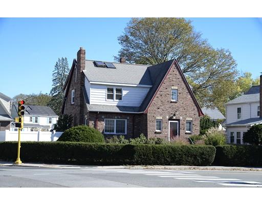 独户住宅 为 销售 在 227 Brighton Street 227 Brighton Street 贝尔蒙, 马萨诸塞州 02478 美国
