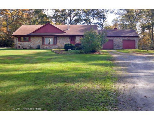 Single Family Home for Sale at 440 Asa Davol Road 440 Asa Davol Road Tiverton, Rhode Island 02878 United States