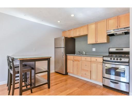Condominio por un Venta en 386 Commercial Street 386 Commercial Street Boston, Massachusetts 02109 Estados Unidos