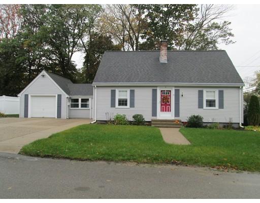 واحد منزل الأسرة للـ Sale في 1 Eastover Road 1 Eastover Road Walpole, Massachusetts 02081 United States