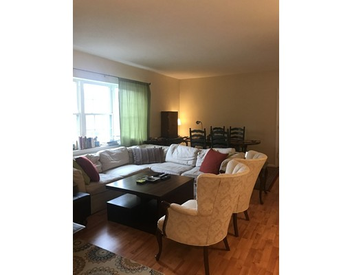 Additional photo for property listing at 31 Lake Shore Drive  Boston, Massachusetts 02135 Estados Unidos