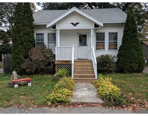 Casa Unifamiliar por un Venta en 56 Thurber Avenue 56 Thurber Avenue Brockton, Massachusetts 02301 Estados Unidos