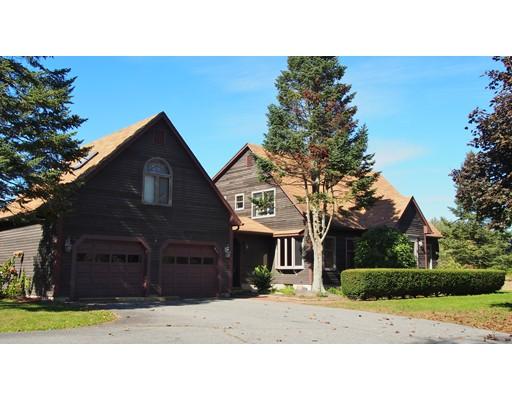 Casa Unifamiliar por un Venta en 75 Russell Street 75 Russell Street Sunderland, Massachusetts 01375 Estados Unidos