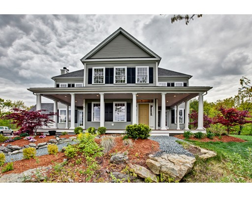 Single Family Home for Sale at 18 Harmony Trail 18 Harmony Trail Hopedale, Massachusetts 01747 United States