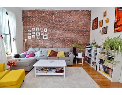 公寓 为 出租 在 17 Dwight St #2 17 Dwight St #2 波士顿, 马萨诸塞州 02118 美国