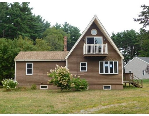 Single Family Home for Sale at 8 Fuller Street 8 Fuller Street Hanson, Massachusetts 02341 United States