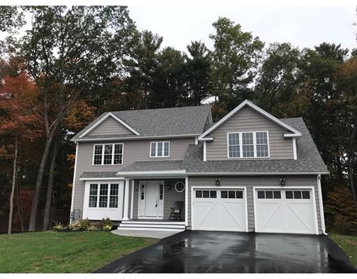 Maison unifamiliale pour l Vente à 15 Priest Street 15 Priest Street Hudson, Massachusetts 01749 États-Unis