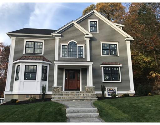 واحد منزل الأسرة للـ Sale في 17 Wolcott Road 17 Wolcott Road Winchester, Massachusetts 01890 United States