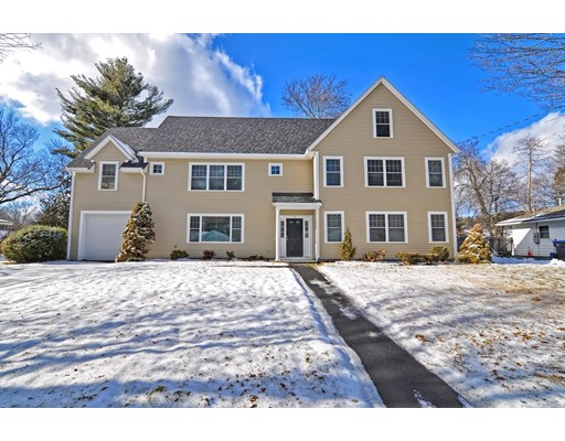 Single Family Home for Sale at 37 Hemlock Drive 37 Hemlock Drive Natick, Massachusetts 01760 United States