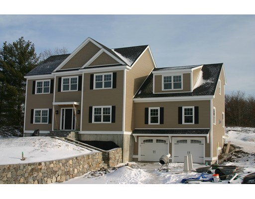 Casa Unifamiliar por un Venta en 1 Stone Ridge Heights 1 Stone Ridge Heights Melrose, Massachusetts 02176 Estados Unidos