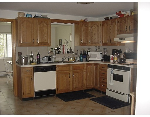 Townhouse for Rent at 32 Winslow Gray Road #1 32 Winslow Gray Road #1 Yarmouth, Massachusetts 02673 United States