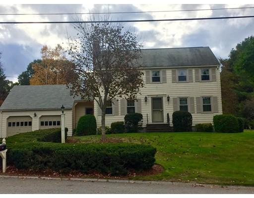 Maison unifamiliale pour l Vente à 17 Driveaycoach Drive 17 Driveaycoach Drive Chelmsford, Massachusetts 01824 États-Unis