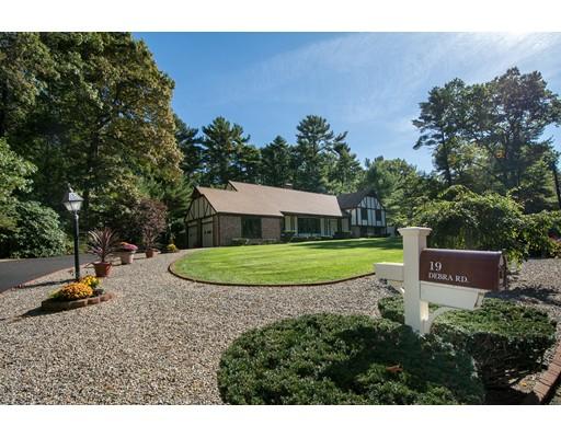 Single Family Home for Sale at 19 Debra Road 19 Debra Road Pembroke, Massachusetts 02359 United States