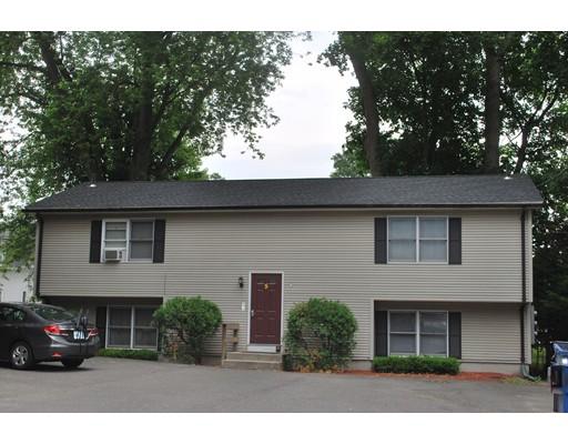 متعددة للعائلات الرئيسية للـ Sale في 5 Pleasant Street 5 Pleasant Street South Hadley, Massachusetts 01075 United States