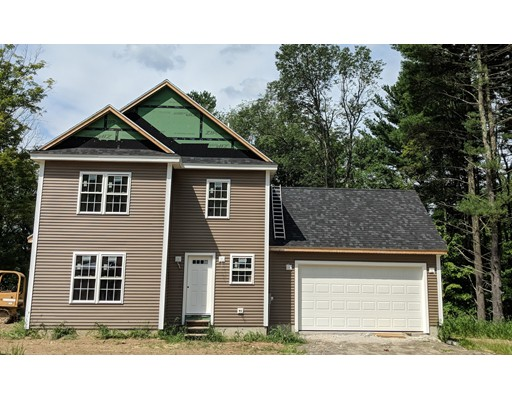 Single Family Home for Sale at 17 Harwood Farm Road 17 Harwood Farm Road Southbridge, Massachusetts 01550 United States