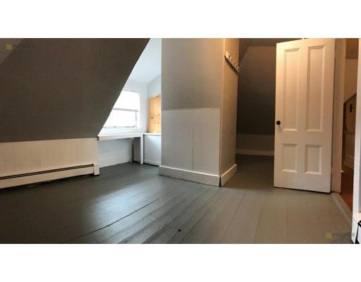 Casa Unifamiliar por un Alquiler en 69 Chestnut Hill Avenue Boston, Massachusetts 02135 Estados Unidos