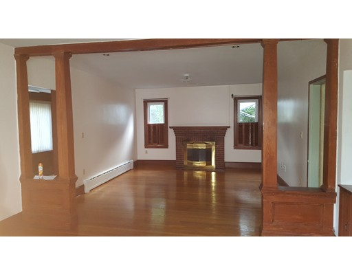 Additional photo for property listing at 88 Billing Road  Quincy, Massachusetts 02171 Estados Unidos