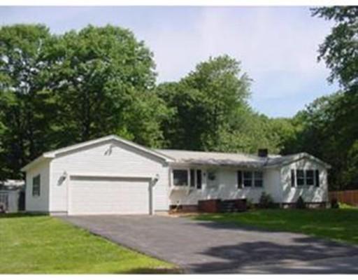 独户住宅 为 销售 在 92 Old Worcester Road 92 Old Worcester Road Charlton, 马萨诸塞州 01507 美国