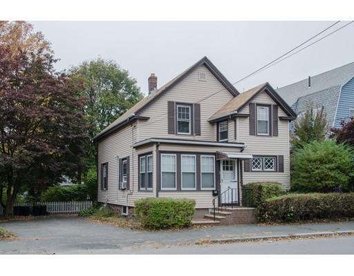 واحد منزل الأسرة للـ Sale في 90 Pine Street 90 Pine Street Swampscott, Massachusetts 01907 United States