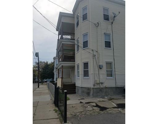 Maison avec plusieurs logements pour l Vente à 8 Wendell Street 8 Wendell Street Lawrence, Massachusetts 01841 États-Unis