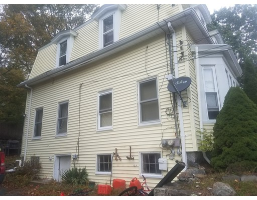 Casa Multifamiliar por un Venta en 21 East Avenue 21 East Avenue Whitman, Massachusetts 02382 Estados Unidos